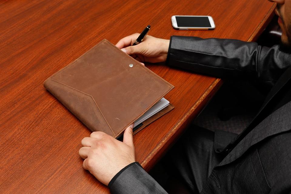 《最高人民法院关于审理行政许可案件若干问题的规定》全文